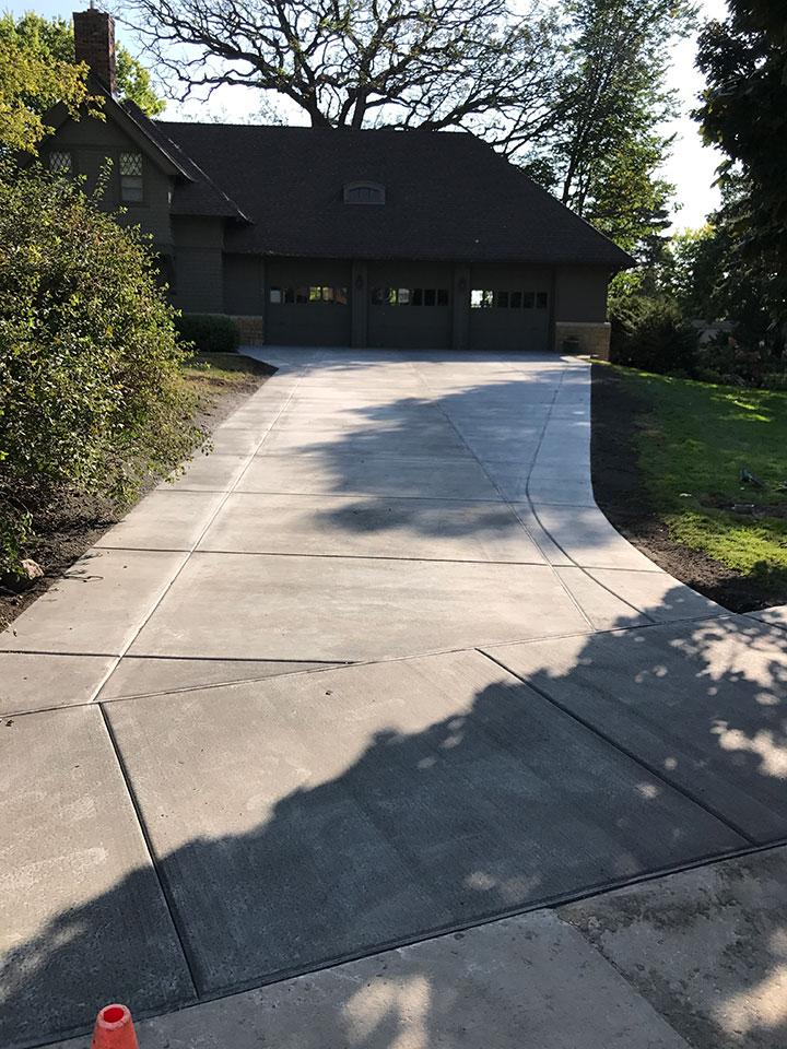 Concrete Driveways in Minneapolis - Harold J  Pietig & Sons